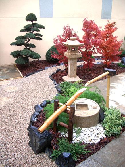 Giardini giapponesi giardino zen esempi di giardini - Fontana zen da tavolo ...