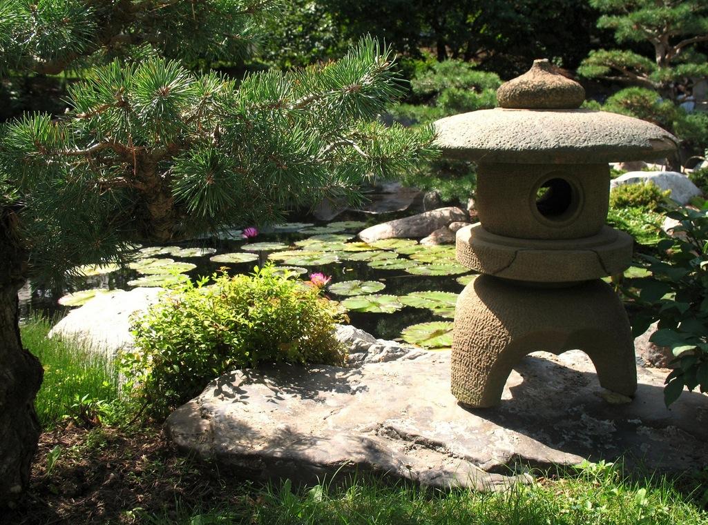 Esempi di giardini realizzati da zr giardinaggio - Critical elements for a backyard landscaping ...